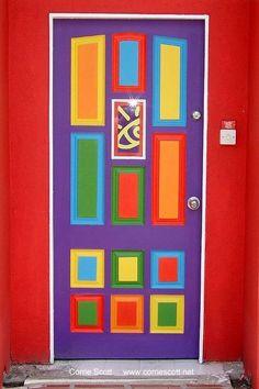 Colorful door | Interesting Pictures