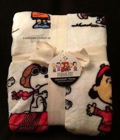 Peanuts Charlie Brown Snoopy Decorative Fleece Throw Blanket ~ Berkshire Blanket #BerkshireBlanket