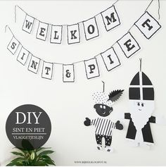 Free Printable Sint en Piet vlaggetjeslijn... Easy Crafts For Kids, Diy For Kids, Thema Deco, Saint Nicolas, My Roots, Love Craft, Kids Corner, Free Prints, Book Crafts