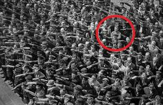 August Landmesser, the man who refused to give the Nazi salute. In at the height of Nazism, this man refused to give the Nazi salute during the launch of a Navy ship in the shipyard in Hamburg where he worked. August Landmesser belonged to the. August Landmesser, Nikola Tesla, Rare Historical Photos, Rare Photos, Iconic Photos, Vintage Photos, Amazing Photos, Titanic, World History