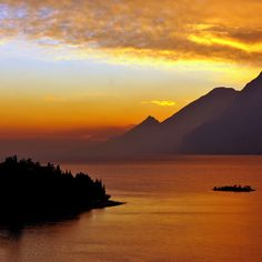 Lago di Garda.  Tramonto, Italy.  by Franco Mottironi. We lived near Lake Garda for 2 years. I have a lot of good memories here.