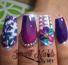Violeta rosa blanco azul nails uñas nailstyle 3d flor