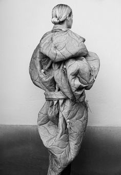 Sculptural fashion design with soft padded structure quilted surface patterns - 3D fashion; wearable art // Yojiro Kake