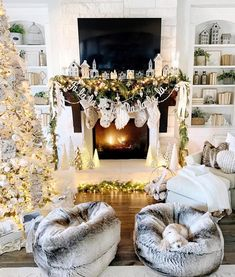 Christmas Home Tour Modern Farmhouse Glam with Silver and Gold - My Texas House Christmas Fireplace, Christmas Mantels, Farmhouse Christmas Decor, Noel Christmas, Christmas Trimmings, Christmas Staircase, German Christmas, White Christmas, Fall Mantel Decorations