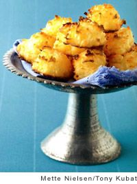 Sally's Coconut Macaroons from Leite's Culinaria - uses whole eggs ...