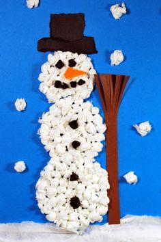 Snowman from Knülltechnik - Kinderspieleworld.de - Snowman from Knülltechnik – Kinderspiele-Welt. Winter Crafts For Toddlers, Winter Activities, Christmas Activities, Toddler Crafts, Diy For Kids, Decoration Christmas, Easy Christmas Crafts, Simple Christmas, Yarn Crafts