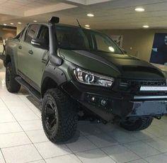 Warjunkies i like it Toyota 4x4, Toyota Trucks, Toyota Hilux, Toyota Tundra, 4x4 Trucks, Toyota Tacoma, Diesel Trucks, Ford Trucks, Ranger Car