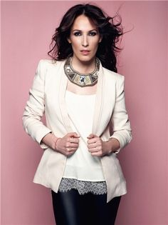 "Malú (born María Lucía Sánchez Benítez; 1982) is a Spanish singer. The Madrid-born singer is the niece of the famous flamenco composer and guitarist Paco de Lucía and is known for songs such as ""Aprendiz"", ""Como Una Flor"", ""Toda"", ""Diles"", ""Si Estoy Loca"", and ""No Voy a Cambiar"". She has released 12 albums so far."