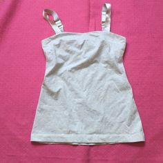 Lululemon Tank Top Excellent used condition. lululemon athletica Tops Tank Tops