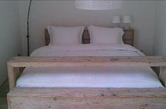 Steigerhouten bed Home Bedroom, Bedroom Ideas, Bedrooms, Wood Crafts, House, Inspiration, Furniture, Design, Plank