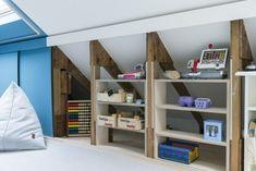 Attic Bedroom Designs, Attic Rooms, Japanese Apartment, Garage Apartments, Kids Corner, Baby Room Decor, New Room, Family Room, Kids Room