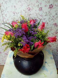 Tulips Tulip Bouquet, Tulips, Planter Pots, Vase, Party, Flowers, Home Decor, Decoration Home, Room Decor