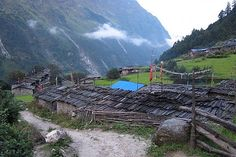 Manaslu larke pass Trek | Mount Manaslu Trek | Hike to Manaslu
