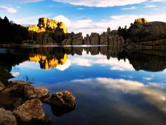 Sylvan Lake in Custer State Park, South Dakota. One of my favorite places on the planet. Oh The Places You'll Go, Great Places, Places To Travel, Places To Visit, Beautiful Places, Beautiful Dream, Beautiful Scenery, Wonderful Places, Beautiful Landscapes