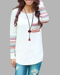 Chic Scoop Neck Long Sleeve Ethnic Print Pocket Design T-Shirt For Women
