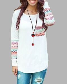 Chic Scoop Neck Long Sleeve Ethnic Print Pocket Design T-Shirt For Women