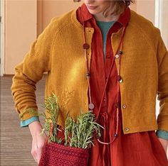 Warm Spring, Fall Winter, Gudrun, Pale Skin, Boho Outfits, Red Hair, Curvy, Tunic Tops, Style Inspiration