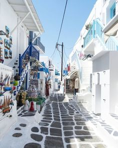 MYKONOS | CYCLADES ISLANDS | GREECE  Photo from @elo_ddiee! Check their beautiful gallery!  Wish you have a great weekend! Tag a friend you would like to visit Mykonos with!  http://ift.tt/21cZ1hU
