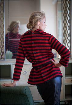 Пуловер застегивающийся сзади - выкройка № 11 из журнала 1/2014 Burda. Винтаж.