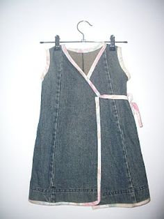 Wardrobe Refashion: Upcycled Jeans Dresses for little girls. I wonder if I could figure out how to make an adult sized version?