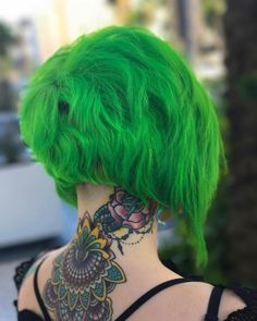 2 years ago thanks for taking me to the short side! That day was a pretty big turning point for so much and this big chop was… Big Chop Hairstyles, Dope Hairstyles, Hairstyles For Round Faces, Short Green Hair, Blue Hair, Short Hair Styles For Round Faces, Curly Hair Styles, Dye My Hair, Hair Goals