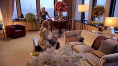 "When the van der Woodsens made a casual lounge feel anything but. | 21 Times ""Gossip Girl"" Nailed Your NYC Apartment Dreams"