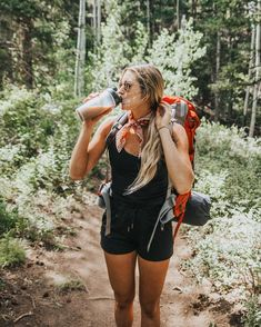 Mountain Hiking Outfit, Cute Hiking Outfit, Summer Hiking Outfit, Mountain Biking, Hiking Outfits, Outfit Winter, Hiking Shoes, Sport Outfits, Granola Girl