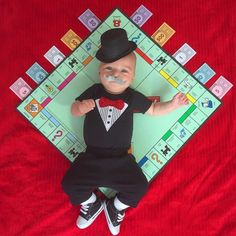 Mom Counts Down to Halloween by Dressing Her Baby in Cute Costumes (17 pictures)