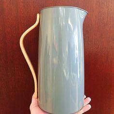 Coffee break ☕️ #coffee #coffeetime #modern #design #stitchchicago