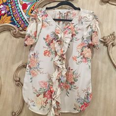 Joie Tops - Joie floral ruffle button up blouse