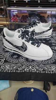 Nike Cortez Black, Nike Cortez Shoes, Nike Bandana, Hypebeast Sneakers, The Jetsons, Old English, Stranger Things, Kicks, Pairs