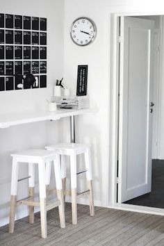 Scandinavian style - home work space in black and white. Painted Ikea stools and FERM living wall calendar Dipped Furniture, Ikea Stool, Deco Design, Home And Deco, Style At Home, Home And Living, Interior Inspiration, Home Kitchens, Small Spaces