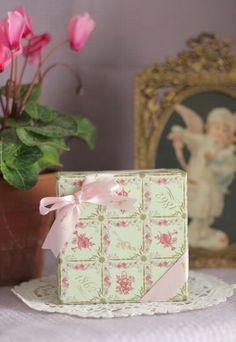 HOTESS GIFT IDEAS #charmingladiesclub www.charmingladiesclub.com box- swanseays.blog22