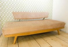 1950's day bed - legs