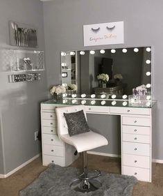 40 Kreative DIY-Make-up-Vanity-Design-Ideen die Inpire sind Creative Makeup Look. - 40 Kreative DIY-Make-up-Vanity-Design-Ideen die Inpire sind Creative Makeup Looks die DIYMakeupVanityDesignIdeen Inpire kreative sind Room Ideas Bedroom, Bedroom Decor, Design Bedroom, Bed Design, Bedroom Furniture, Vanity Room, Vanity Set, Teen Vanity, Small Vanity