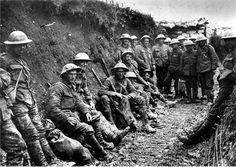 Slag aan de Somme. Op 1 juli 1916 begon de Slag aan de Somme. De Britten hadden de zwaarste verlies die ze ooit hebben gehad op 1 dag, ongeveer 48.500 soldaten.