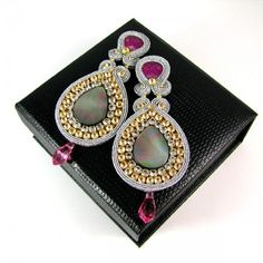 Sparkle pink - soutache earring made of crystals :)