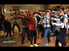 uptown funk - Bruno Mars song - The Big Bang Theory Flash Mob 2014 with Jim Parsons - YouTube