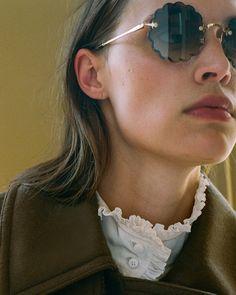 f42b8809355f Discover the Chloe Rosie Petite Sunglasses in Gold Metal   Khaki Lens .  Chloé