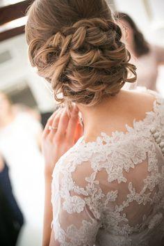 wedding hairstyle idea; photo: ZEV FISHER PHOTOGRAPHY