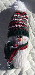 Knitted Snowman knit snowman ravelry Amigurumi free pattern knit