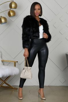 Classy Outfits, Stylish Outfits, Girl Outfits, Cute Outfits, Black Girl Fashion, Womens Fashion, Petite Fashion, Curvy Fashion, Fur Coat Outfit