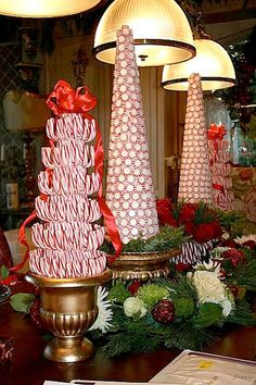 FOR kitchen Candy topiary Christmas trees - gorgeous centerpiece, for buffet table decor, or on a fireplace mantle! Diy Christmas Decorations Easy, Christmas Table Settings, Christmas Tablescapes, Holiday Decor, Peppermint Christmas Decorations, Christmas Centerpieces For Table, Holiday Tables, Centerpiece Ideas, Christmas Candy Cane Decorations