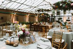 Fresh Design flora / hanging centerpieces + table ones