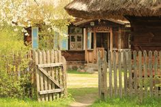 Poldlasie, Poland. #old #house