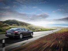 Entre los valores internos: mucho confort, gran espaciosidad.  Porsche Panamera S 2009