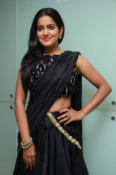 Tamil Actress Photos, Indian Film Actress, Beautiful Indian Actress, Indian Actresses, Saree Navel, South Indian Film, Indian Models, Half Saree, India Beauty