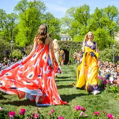Marimekko& Unikko Print Is Turning See the Pattern Around the Globe Spring Fashion, Fashion Show, Fashion Design, Marimekko Dress, Blazer Shirt, Walk This Way, Dress To Impress, Dress Up, Women Wear
