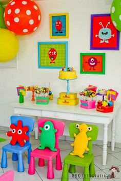 i like the idea to put pictures of monsters on the wall for a monster party. and duhhh i def need to get the polka dot balloons! Monster Inc Party, Little Monster Birthday, Monster Birthday Parties, Elmo Party, Baby Party, Baby First Birthday, First Birthday Parties, Birthday Ideas, Monster Baby Showers