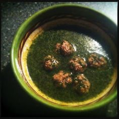 Chervil soup with small meat balls